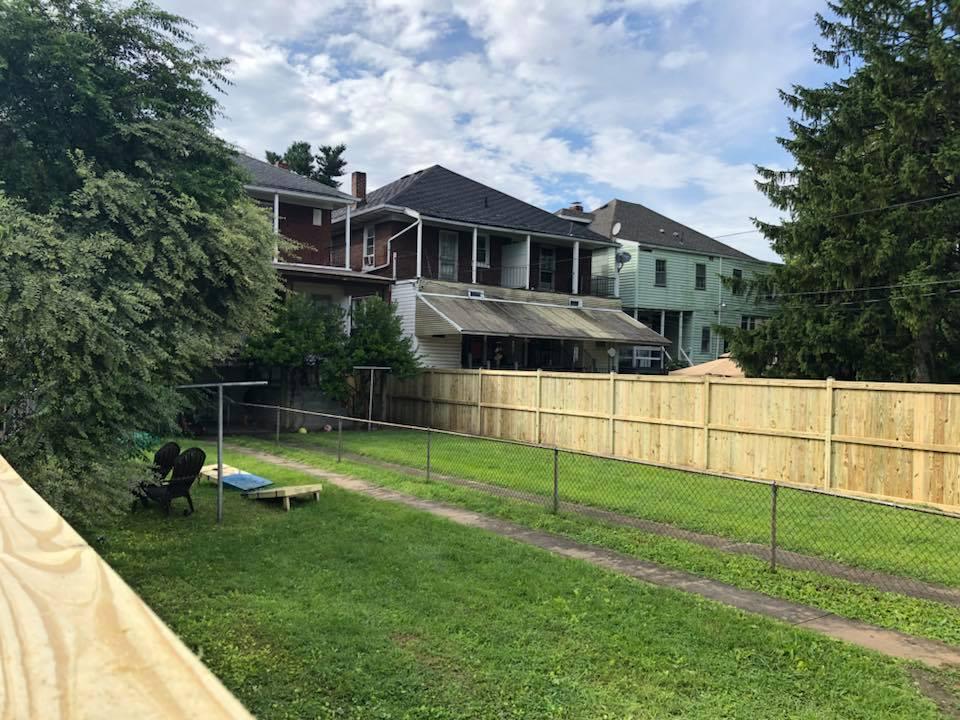 Landmark Fence bo9.jpg