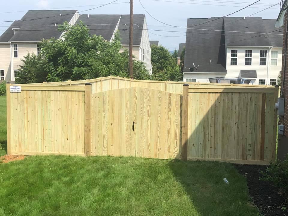 Landmark Fence bo11.jpg