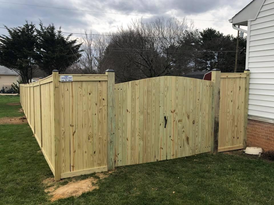 Landmark Fence bo13.jpg