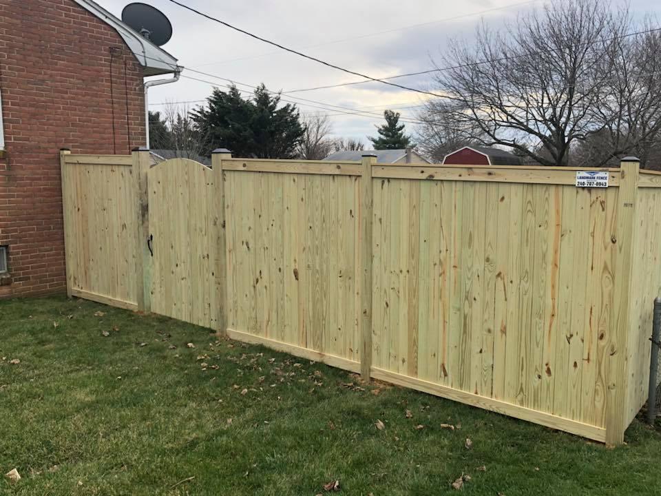 Landmark Fence bo15.jpg