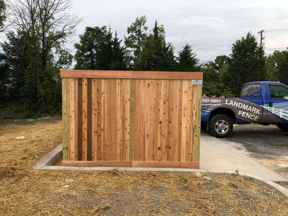 Landmark Fence cde1.jpg
