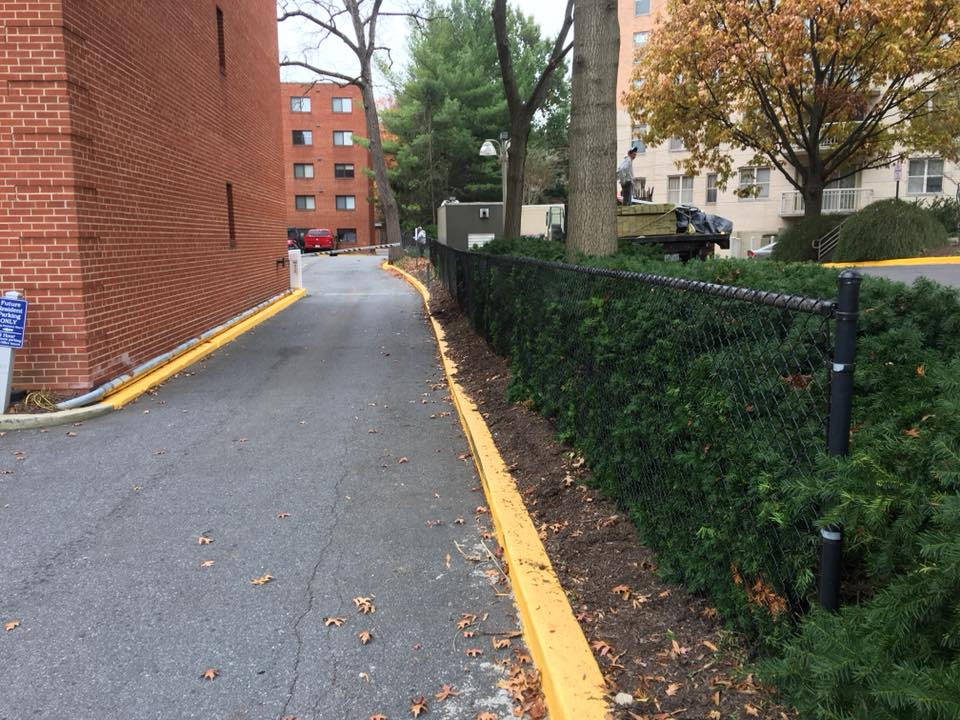 Landmark Fence cl4.jpg
