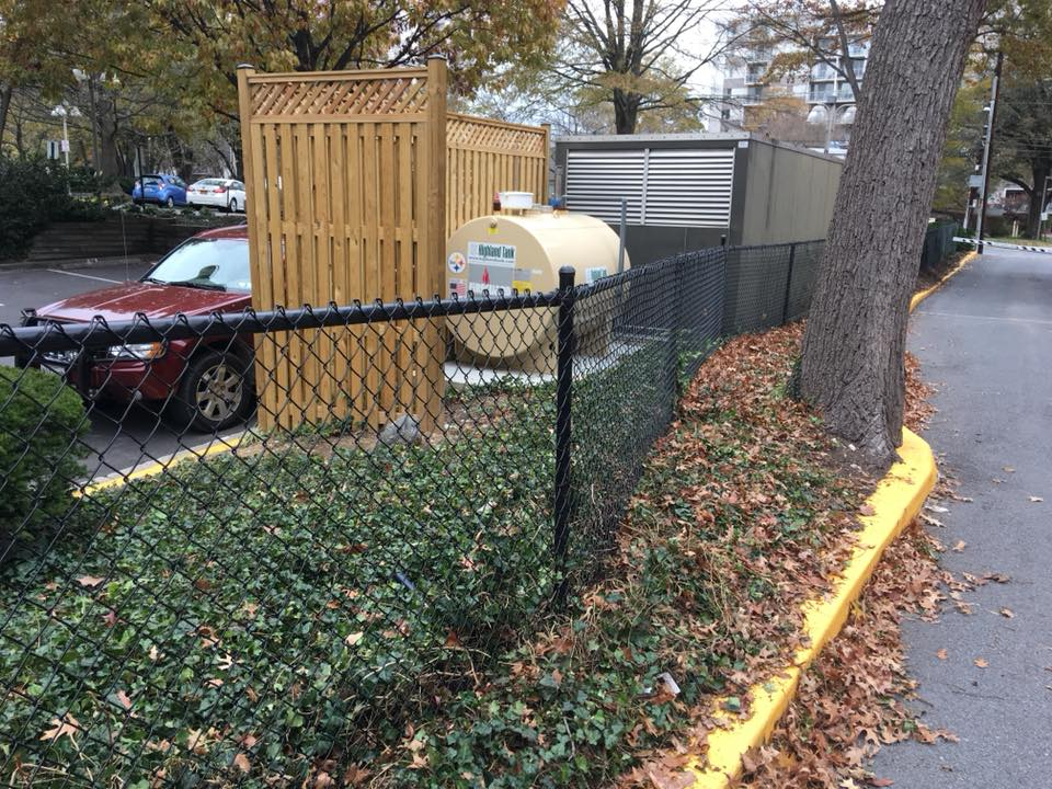 Landmark Fence cl5.jpg