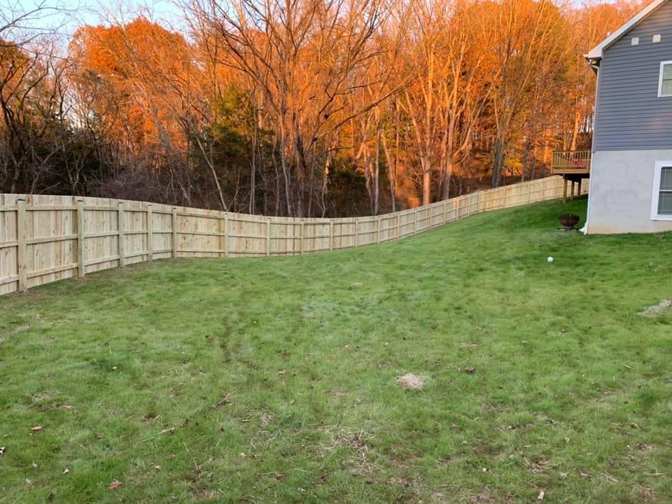Landmark Fence de4.jpg