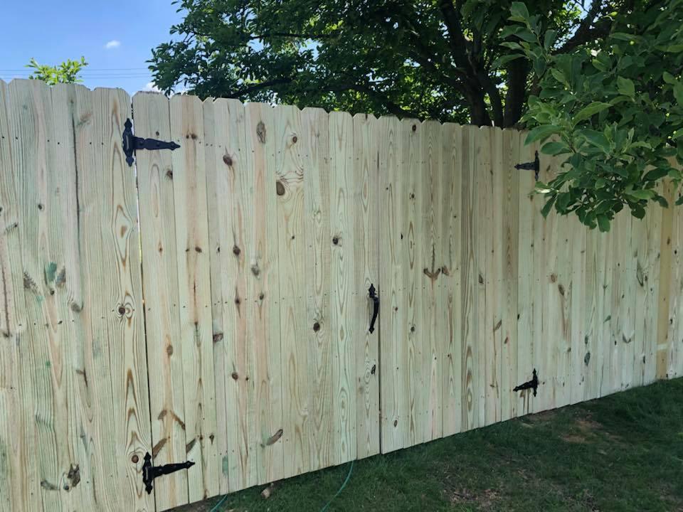 Landmark Fence de10.jpg