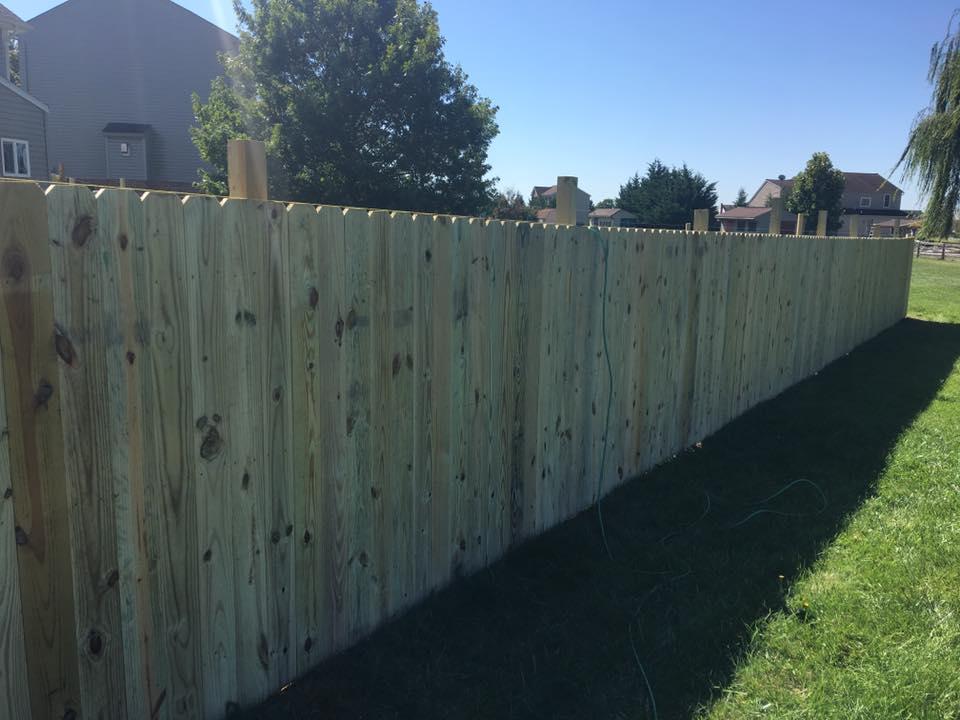 Landmark Fence de17.jpg