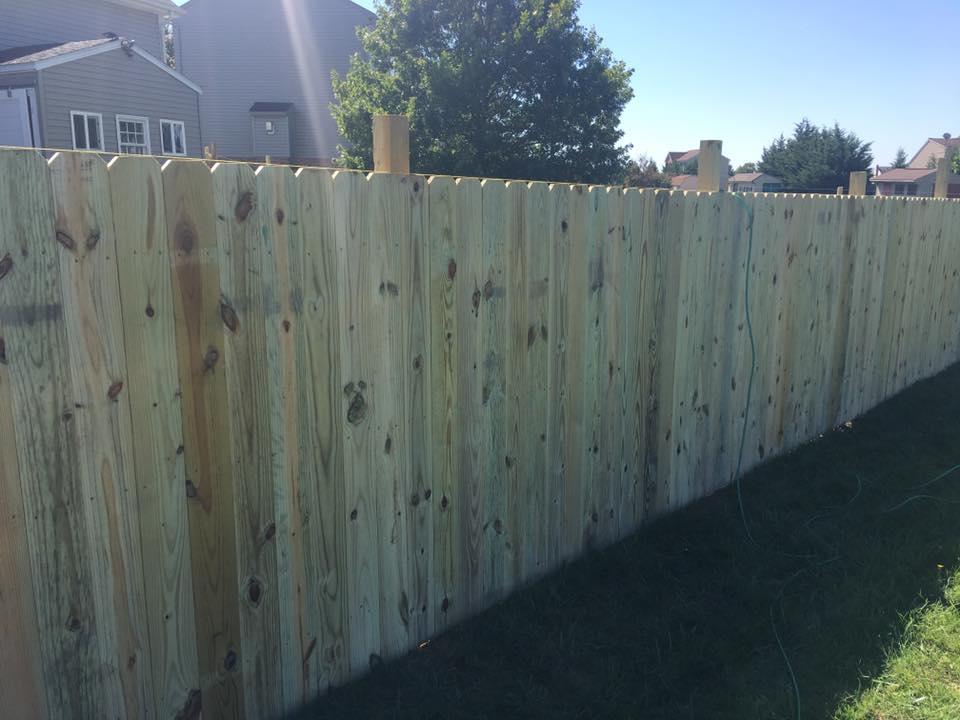 Landmark Fence de19.jpg