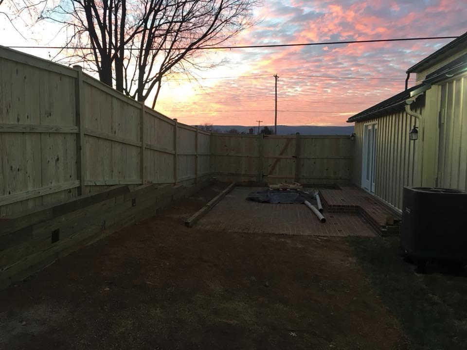 Landmark Fence sb6.jpg