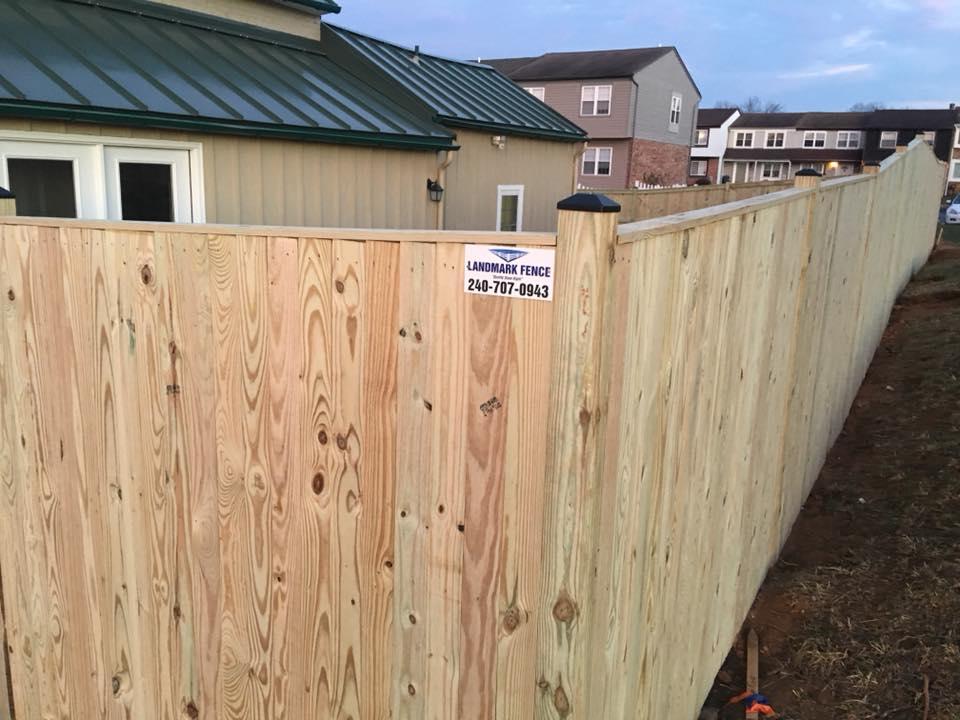 Landmark Fence sb11.jpg