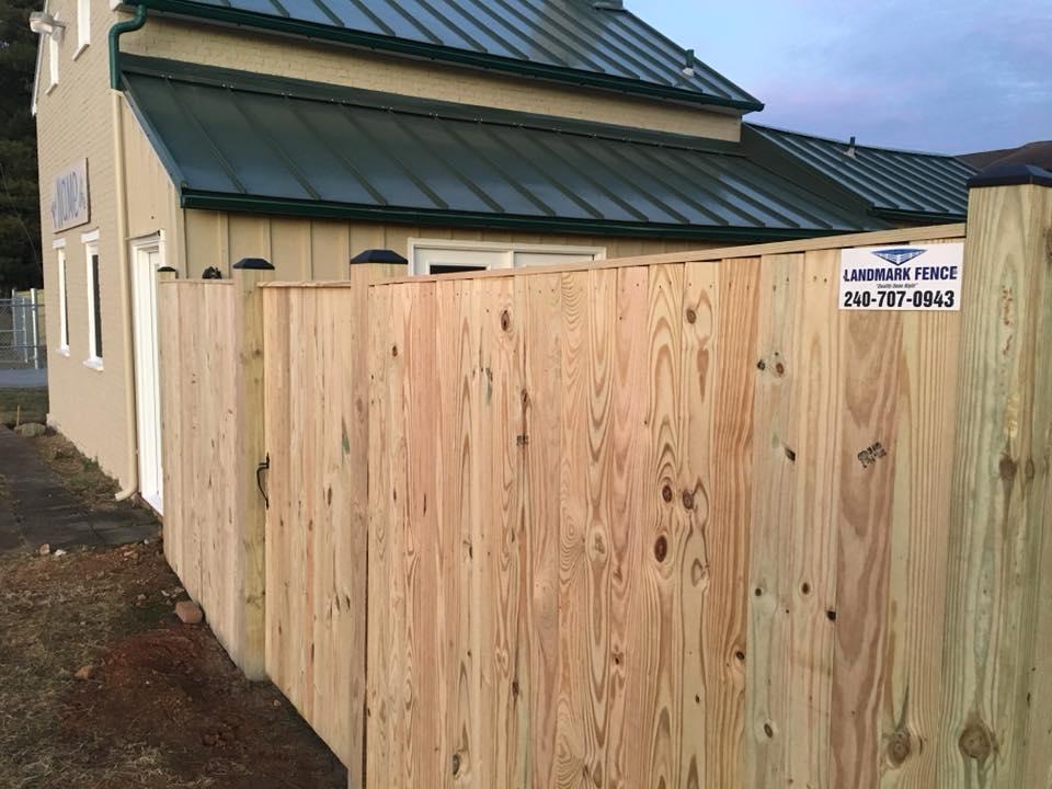 Landmark Fence sb12.jpg
