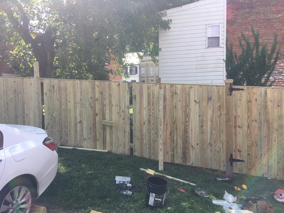 Landmark Fence sb16.jpg