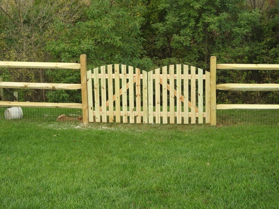 Landmark Fence Split Rail 3.jpg