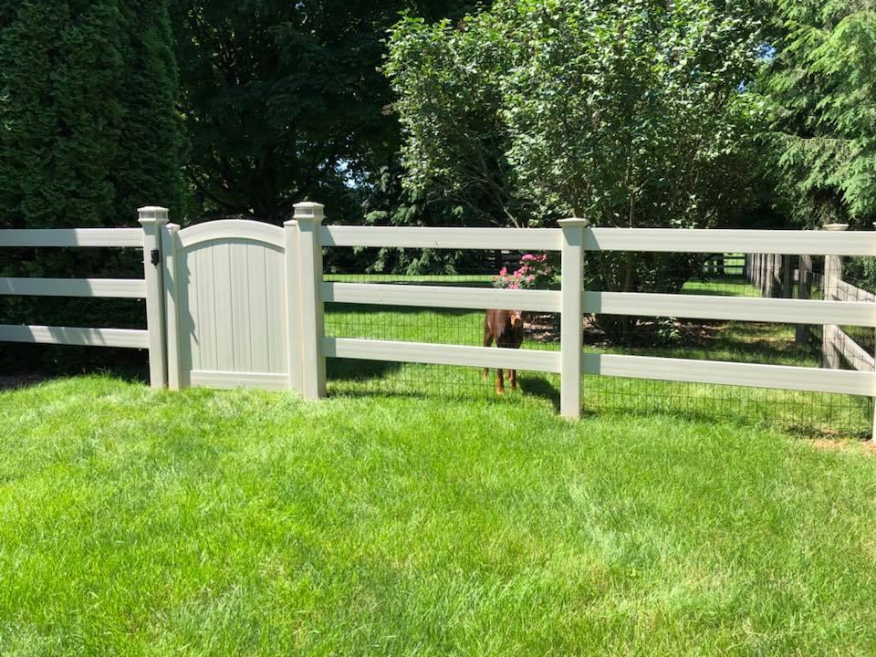 Landmark Fence vpf1.jpg