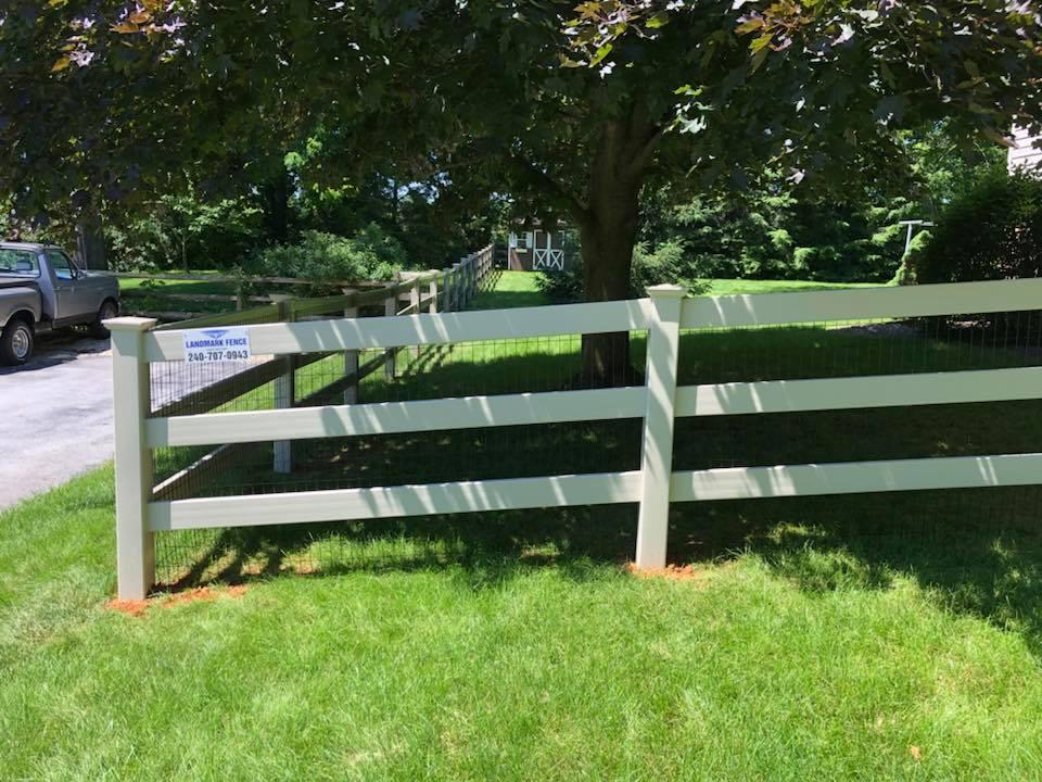Landmark Fence vpf7.jpg