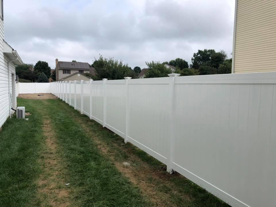 Landmark Fence vsb4.jpg