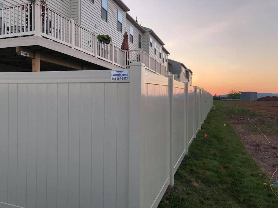 Landmark Fence vsb5.jpg