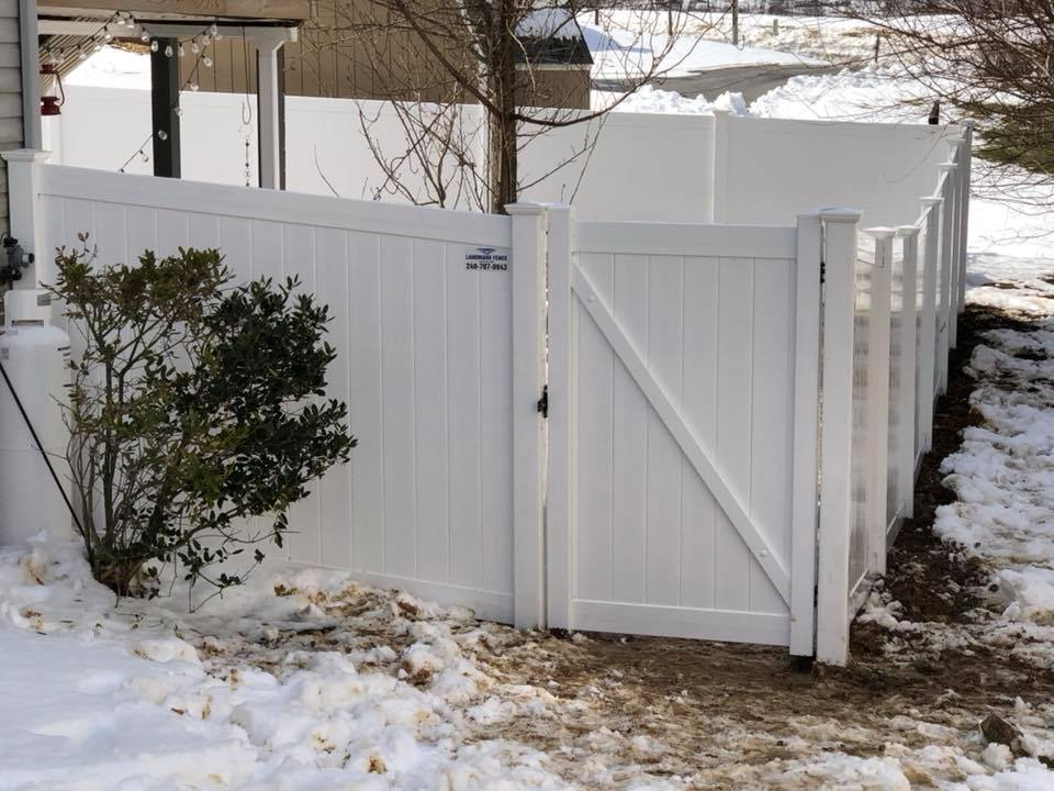 Landmark Fence vsb10.jpg