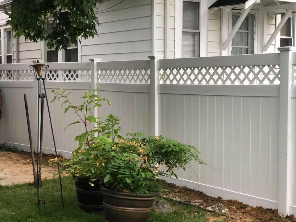 Landmark Fence vsbl1.jpg