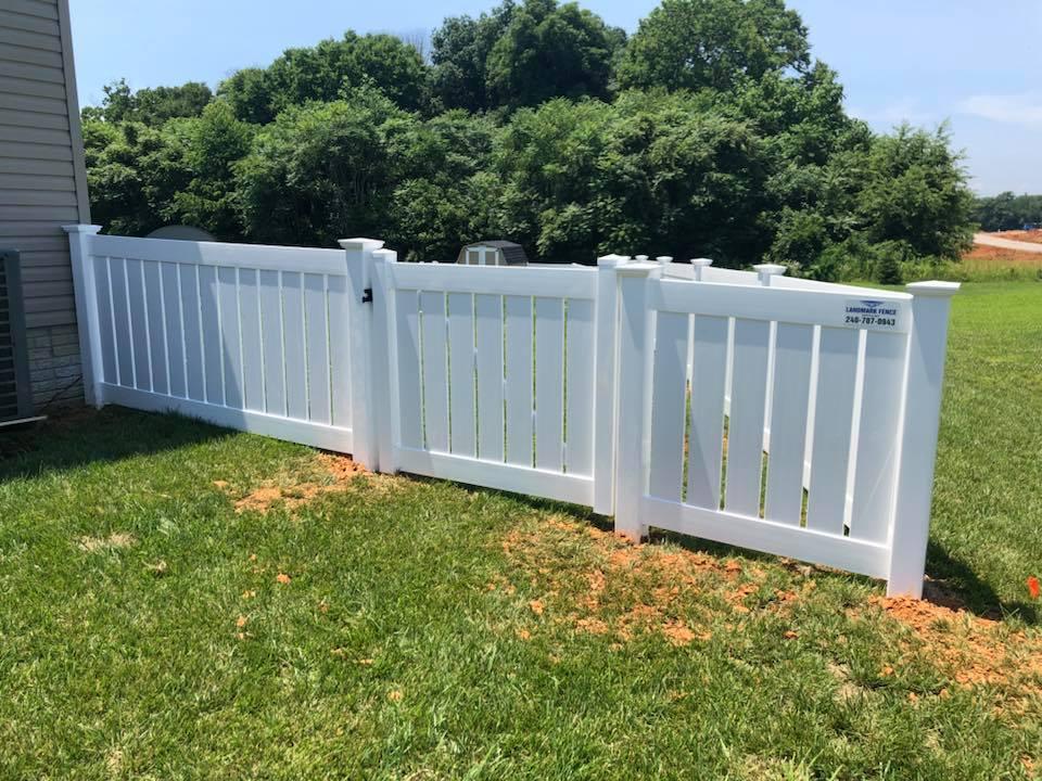 Landmark Fence vspb1.jpg