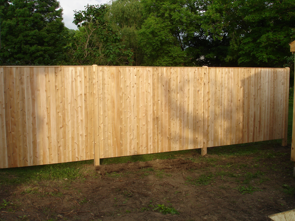 Solid Board Fence 1x4x6 with Cap board.jpg