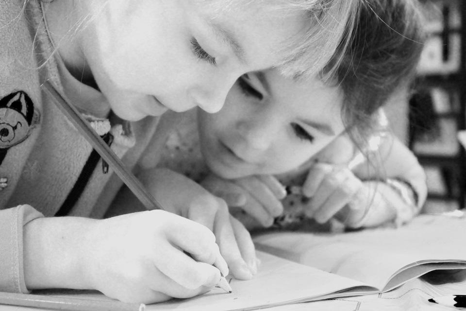 children-cute-drawing-159823BW.jpg