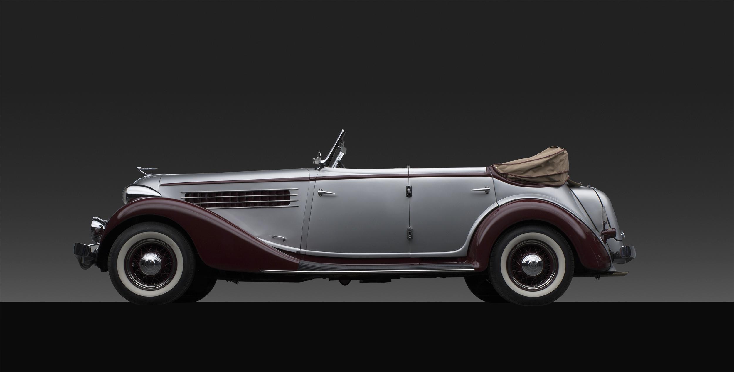1936 Auburn 852 Phaeton.jpg