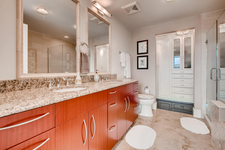2001 Lincoln St 1413 Denver CO-large-018-018-Master Bathroom-1500x1000-72dpi.jpg