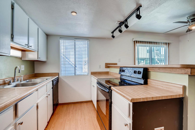 12478 W Nevada Pl 104 Lakewood-large-016-014-Kitchen-1500x1000-72dpi.jpg
