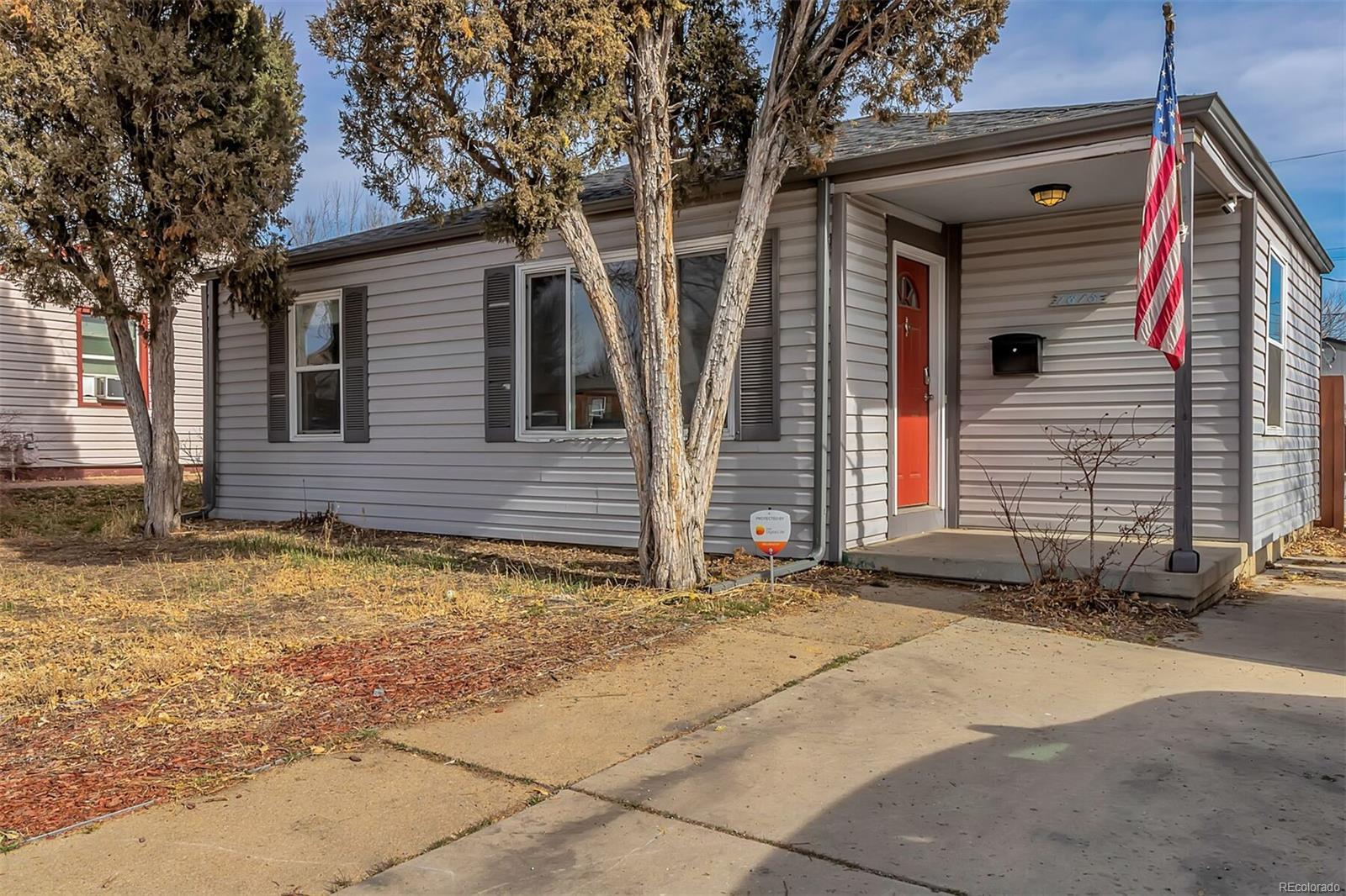 1815 W 51st Ave - $345,0002 beds, 1 bath764 sqftFirst Time HomebuyersNo Fireplace or ChimneyOh Hell No to the Crawl SpaceBackyard perfect for Cider Drinking