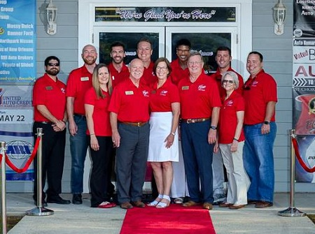 John and Georgianne Poteet, along with their team of managers, will roll out the red carpet as they celebrate 17 years at Louisiana's 1st Choice Auto Auction in May .