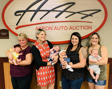 Showing off the next generation at Akron A/A are Grandmother Tricia Short with Felicity, Caysie with Finnigan, Kalee holding Lilyana, and Gina with Cash.