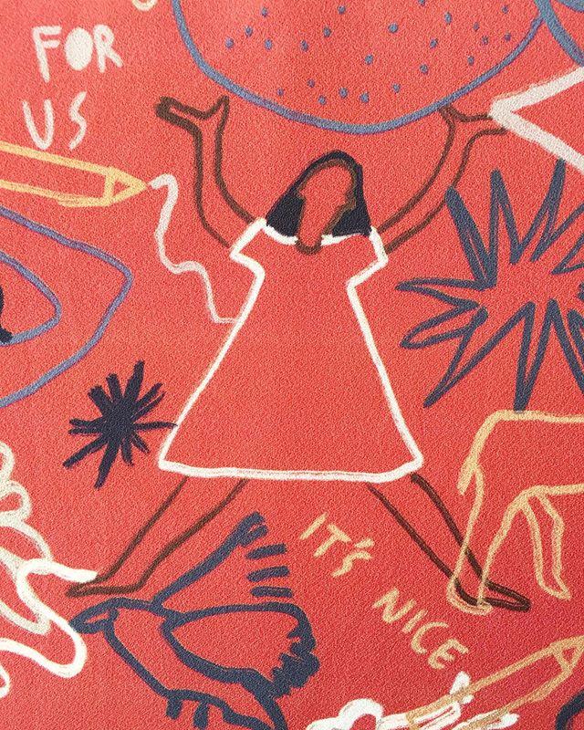 Friday... It's nice ✨ Conversational digital-print on Rayon Crepe