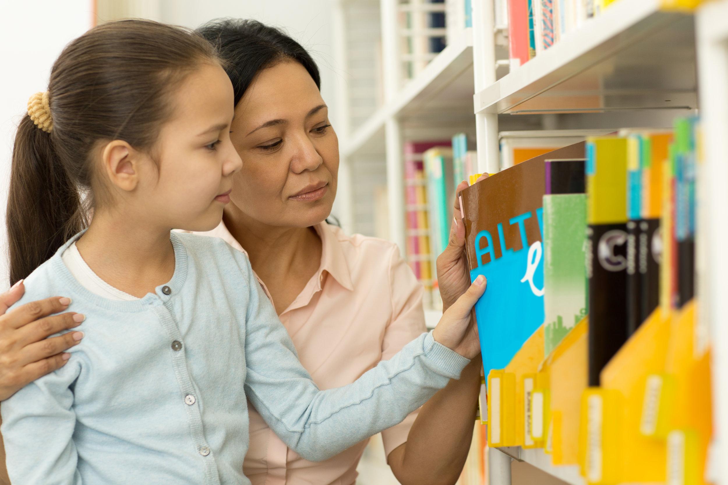 choose foreign language learning homeschool curriculum.jpg