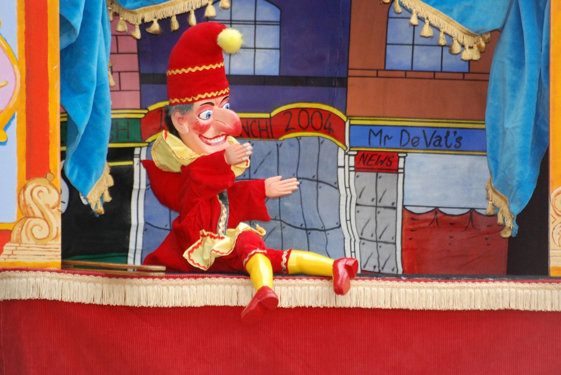 homeschool gift guide puppets.jpg