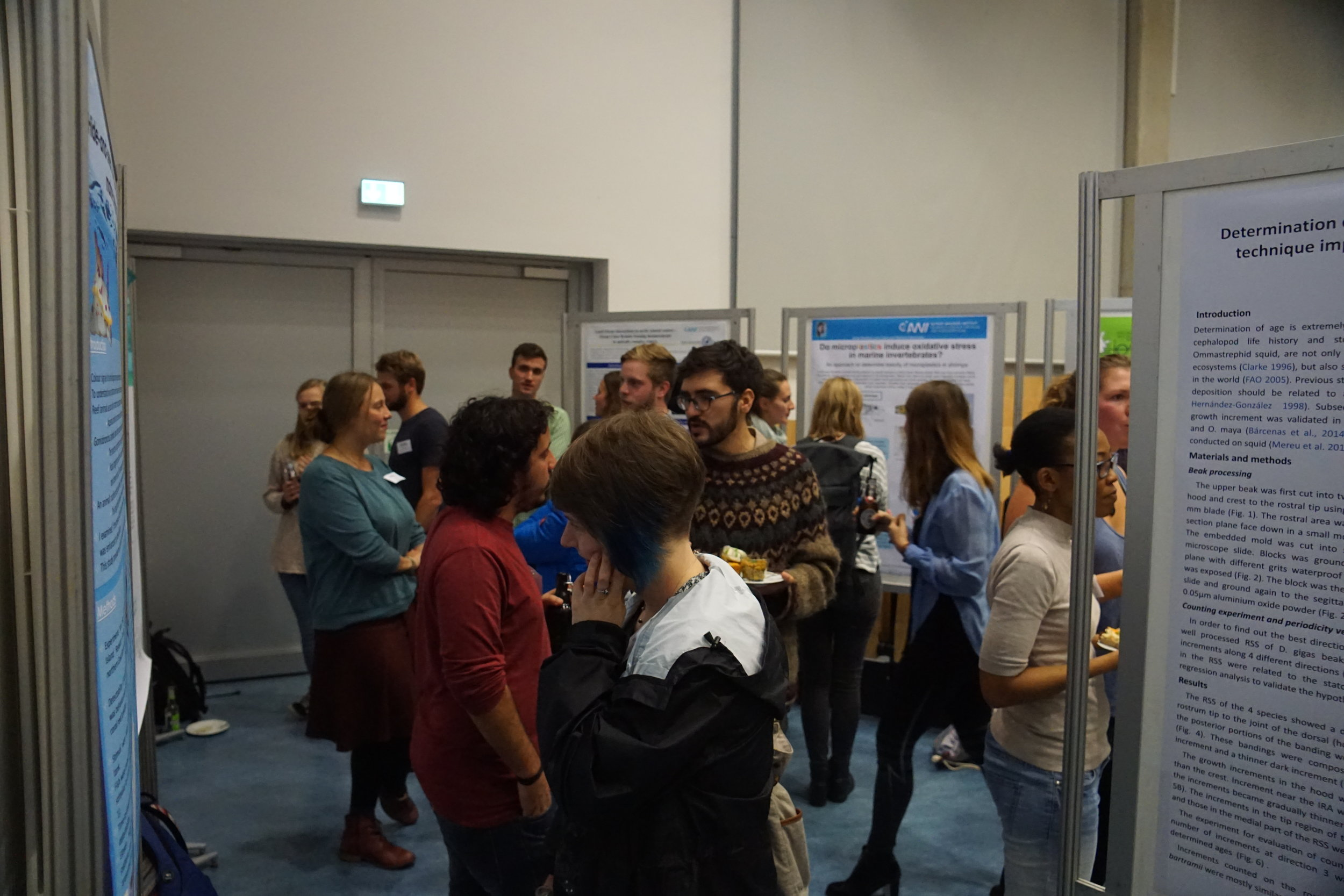 Busy poster session. Credit: Mara Weidung