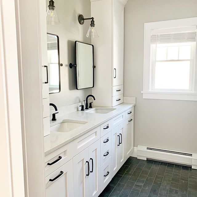 I had major #masterbathroom envy visiting my client's house today!! I loved getting to see the finished product after many months of working on their amazing home. With lots of countertops and drawers this space is both functional and beautiful!  Design and 📷 by @christieadamsdesign - - - #howihaven #beckiowensfeature #houseenvy #doingneutralright #bergenmama #bergenmagazine