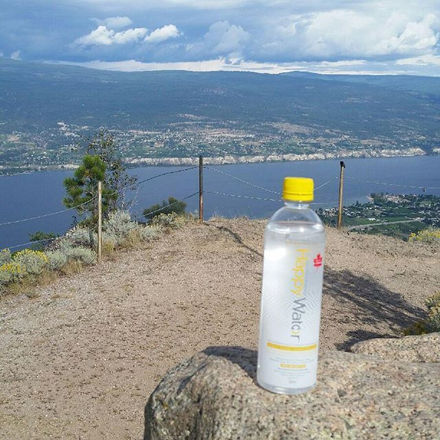 No matter where your travels take you, #happywater will keep you #healthyhappyhydrated.  But don't just take our word for it:  Happy Water makes it to the top of Giants Head in Summerland! 2771 feet above sea level, and breathtaking. #livehappy