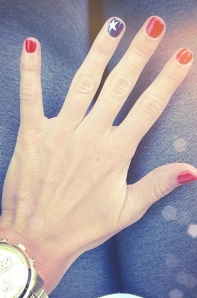 FWSBEAUTYCHALLENGE-Inspiration-July-Week-1-Red-White-or-Blue-Nails.jpg