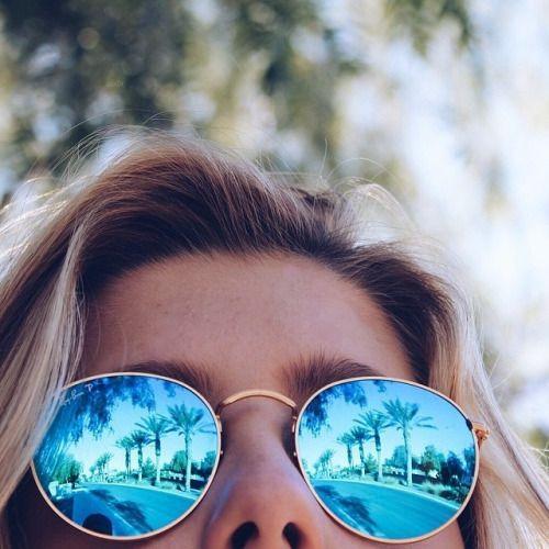 FWSBeautyChallenge-Inspiration-Week4-Summer-Fun-Sunglasses.jpg