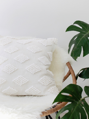 Weekly-Roundup-11-Almost-Makes-Perfect-DIY-Modern-Pom-Pom-Pillow.jpg