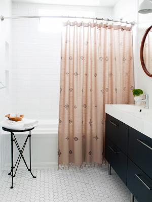 Weekly-Roundup-13-Room-for-Tuesday-Boho-Bathroom.jpg