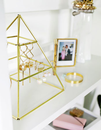 Weekly-Roundup-17-A-Beautiful-Mess-DIY-Brass-Pyramid-Earring-Holder.jpg