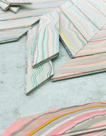 Weekly-Roundup-20-Decor8-Marbled-Wood-Slats.jpg