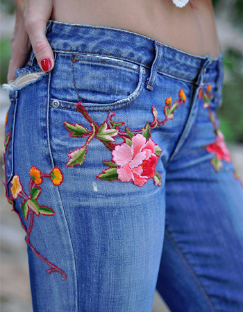Weekly-Roundup-30-Love-Meagan-DIY-Gucci-Embroidered-Jeans.jpg