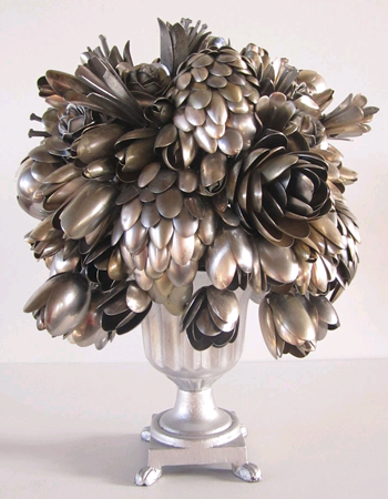 Links-Roundup-2-10-Bored-Panda-Ann-Carrington-Silverware-Bouquets.png