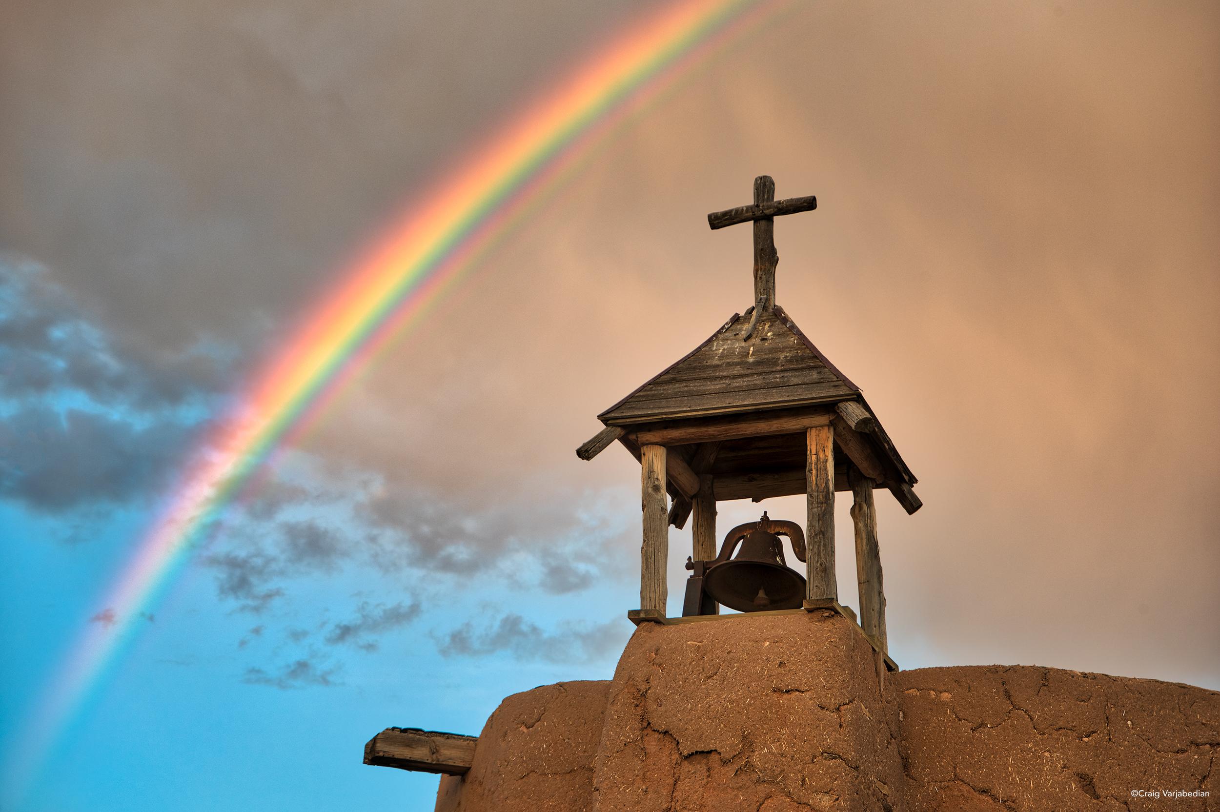 Morada_Rainbow_DSC2120_FINISH.jpg