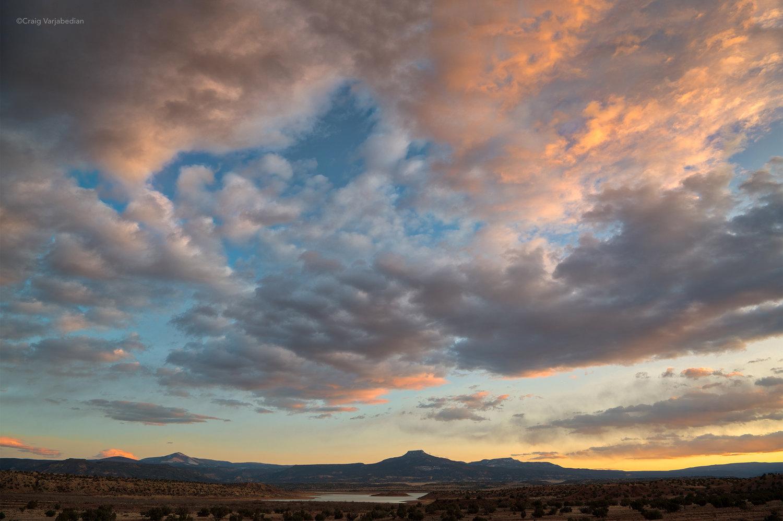 Pedernal-and-clouds_DSC4970-2500px.jpg