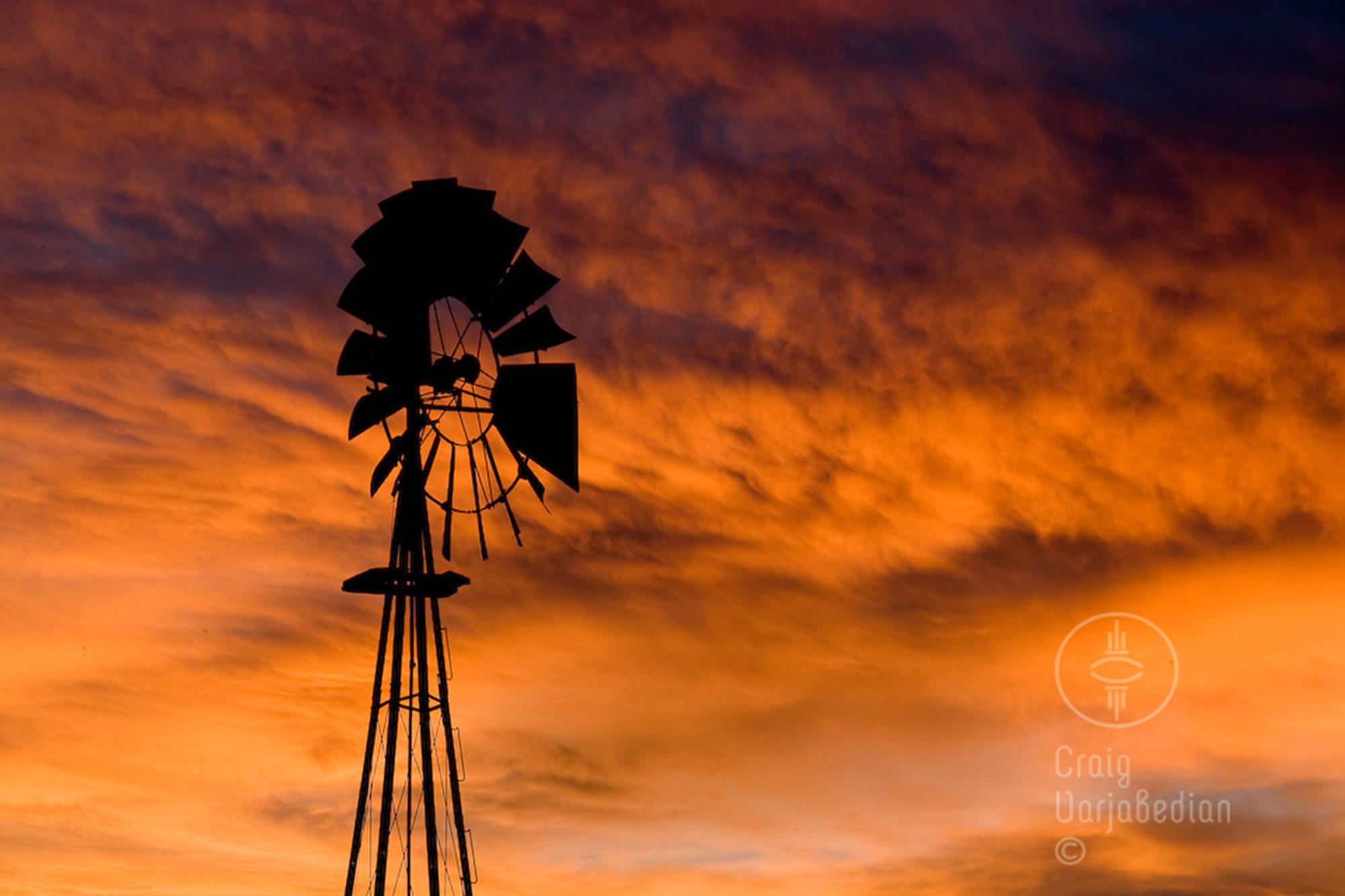 Windmill-sunset-Santa Fe-©Craig Varjabedian.jpg