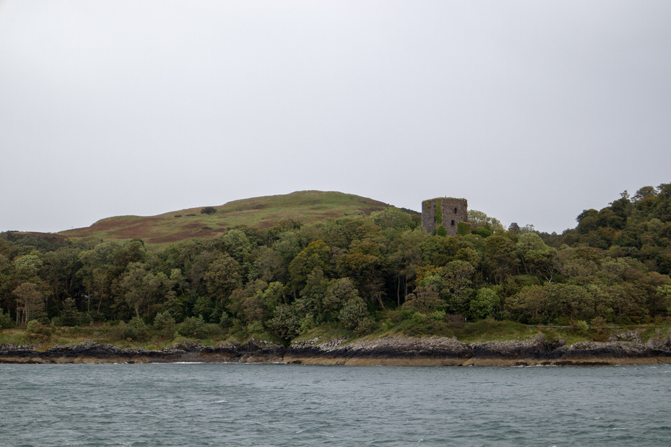 There are casually castles everywhere in Scotland. My kinda place!