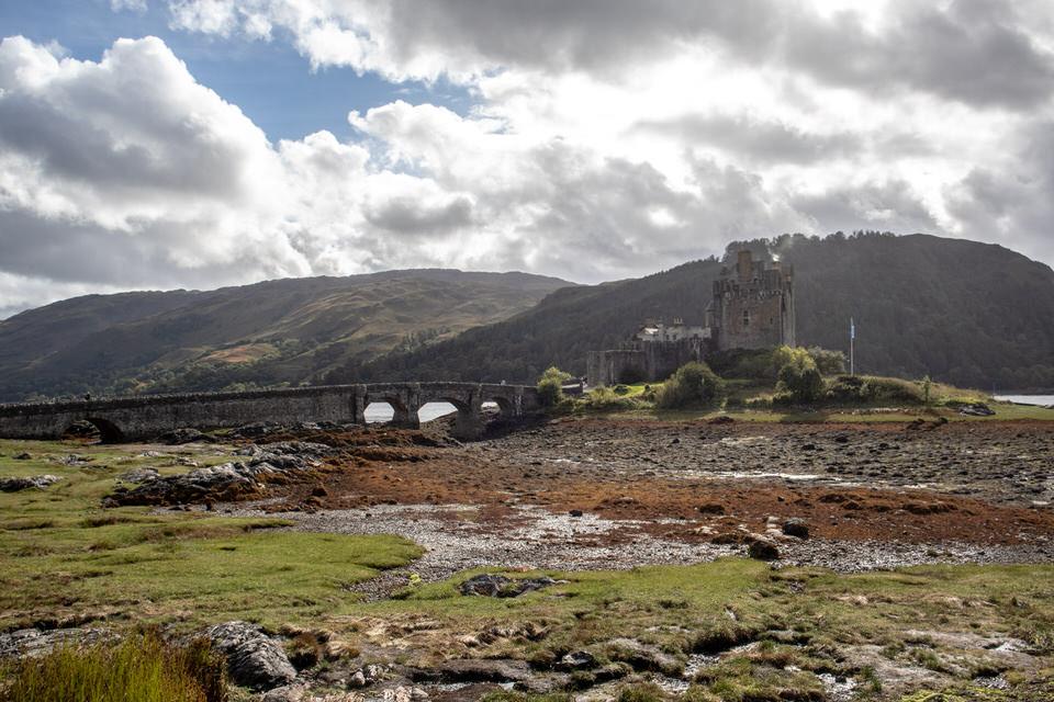 Eilean Donan in Scotland | MissFunctional Money
